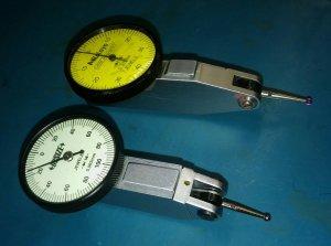 http://www.svarforum.cz/forum/uploads/thumbs/9048_uchylkomer_insize_hodinky_porovnani_velikosti_02mm_vs_08mm.jpg